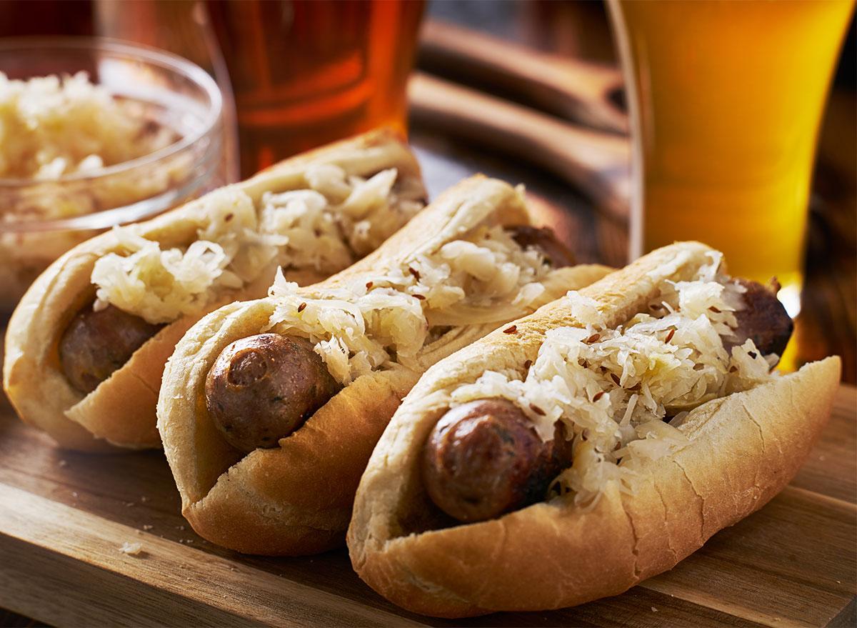 beer brat sausages with saurkraut