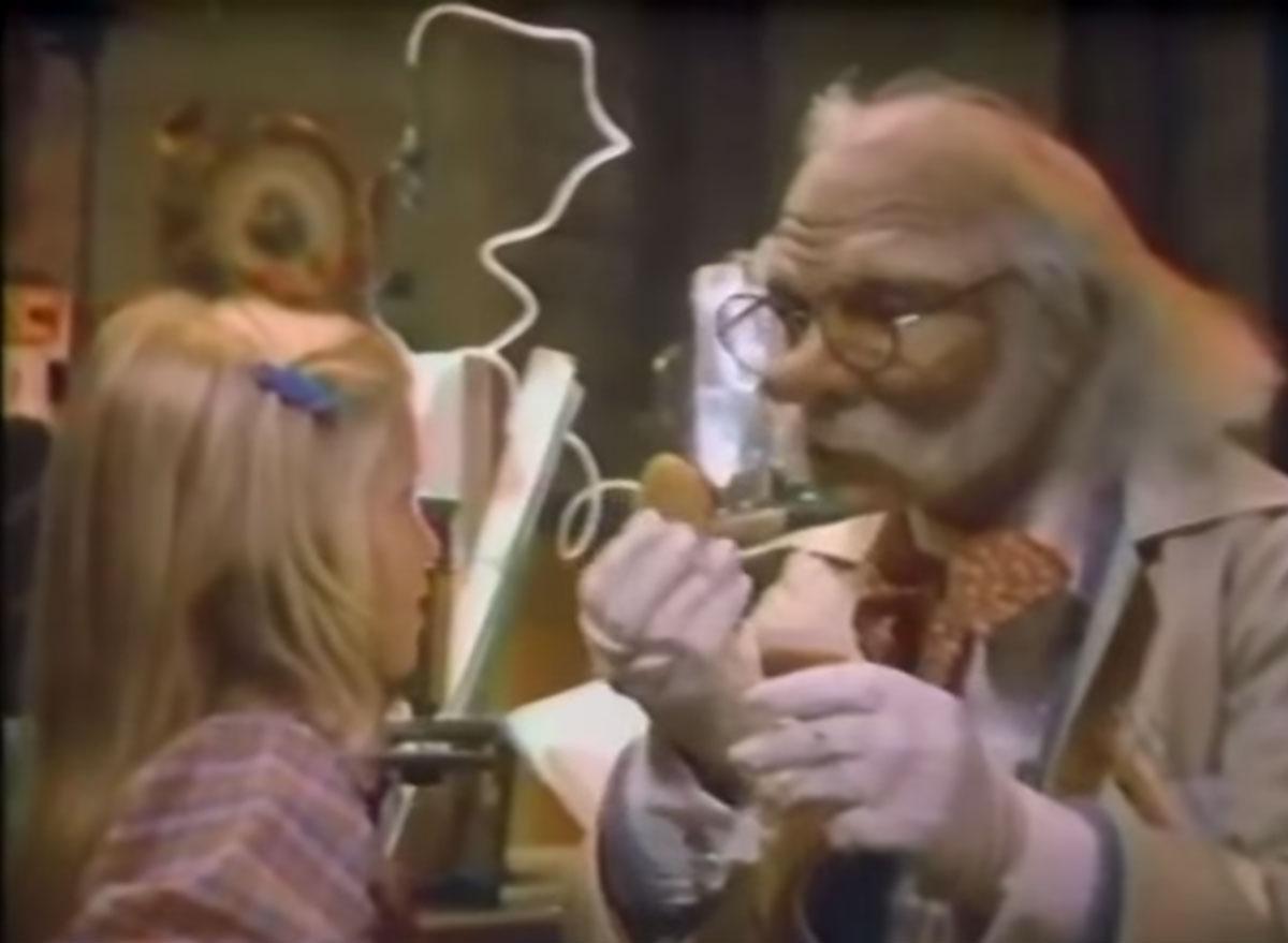 Mcdonalds professor creates mcnuggets 1980s