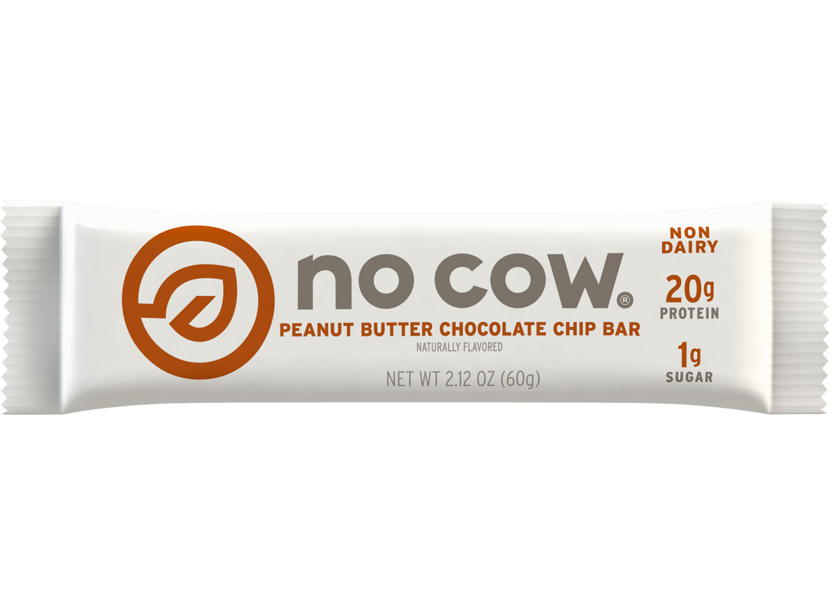no cow peanut butter chocolate chip plant based protein bar