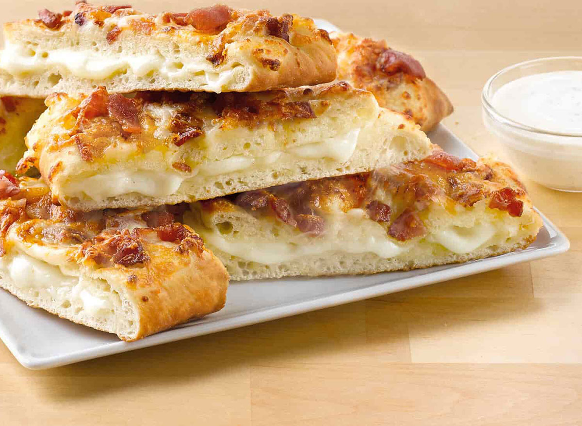 bacon cheddar stuffed cheesesticks