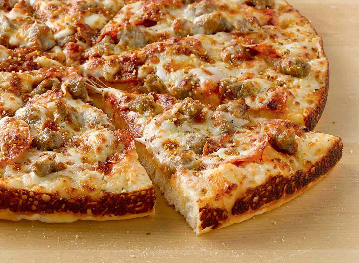 pepperoni sausage six cheese pizza