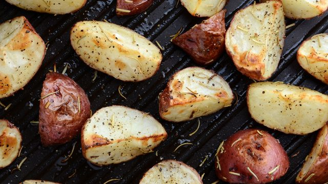 roasted potatoes on grill pan