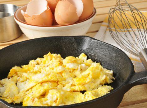 scrambled eggs in cast iron skillet