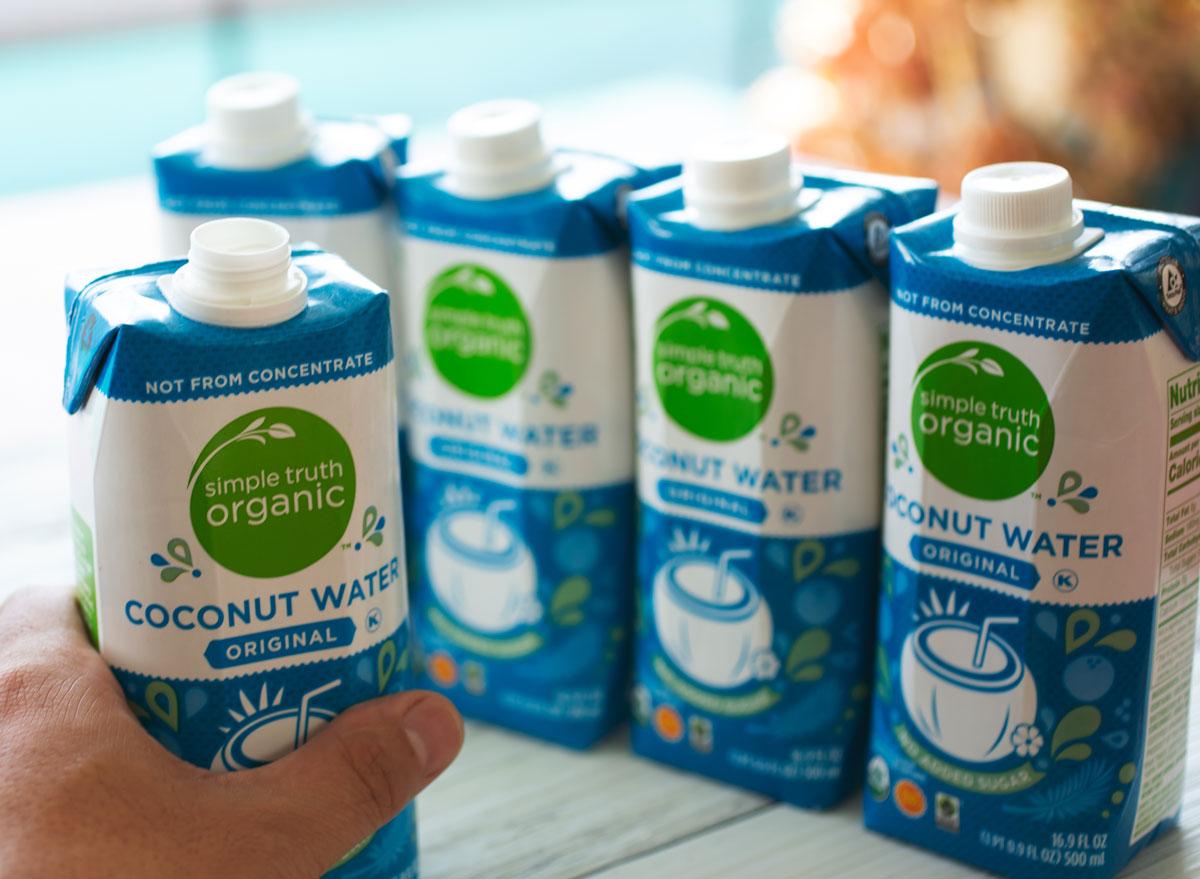 simple truth kroger coconut water