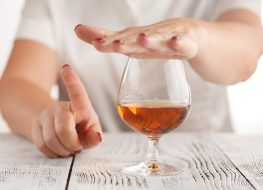 Should You Stop Drinking Alcohol to Lose Weight?
