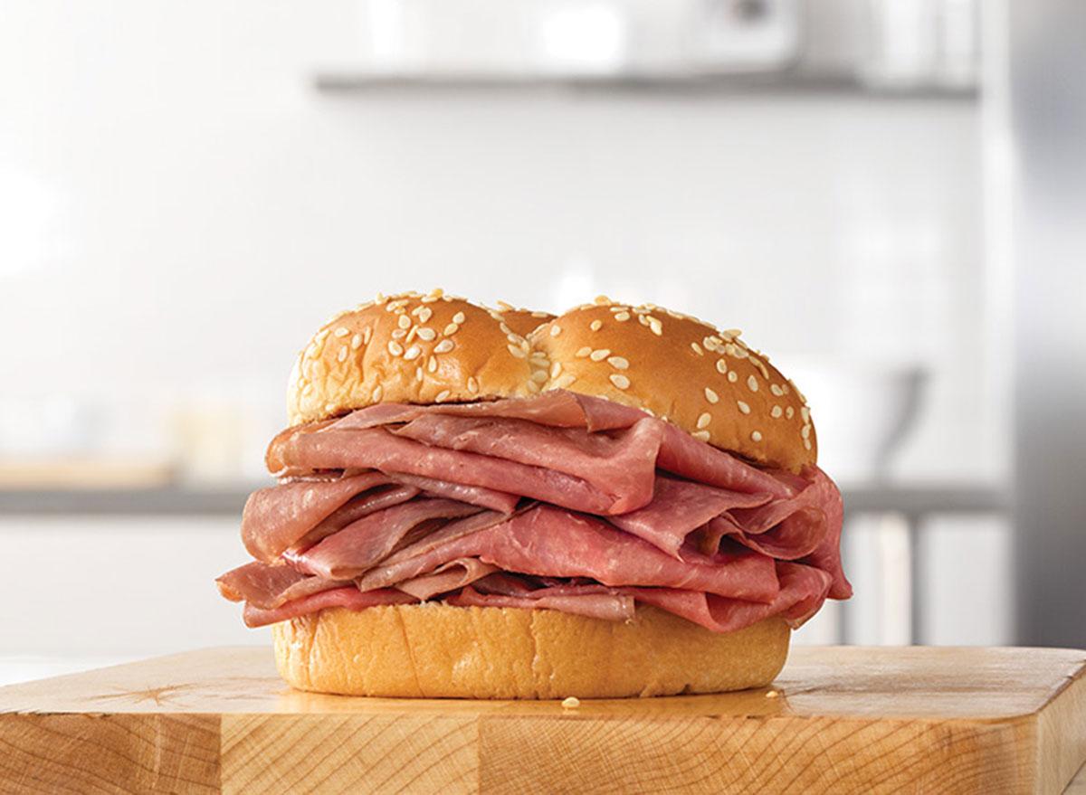 arbys classic roast beef sandwich