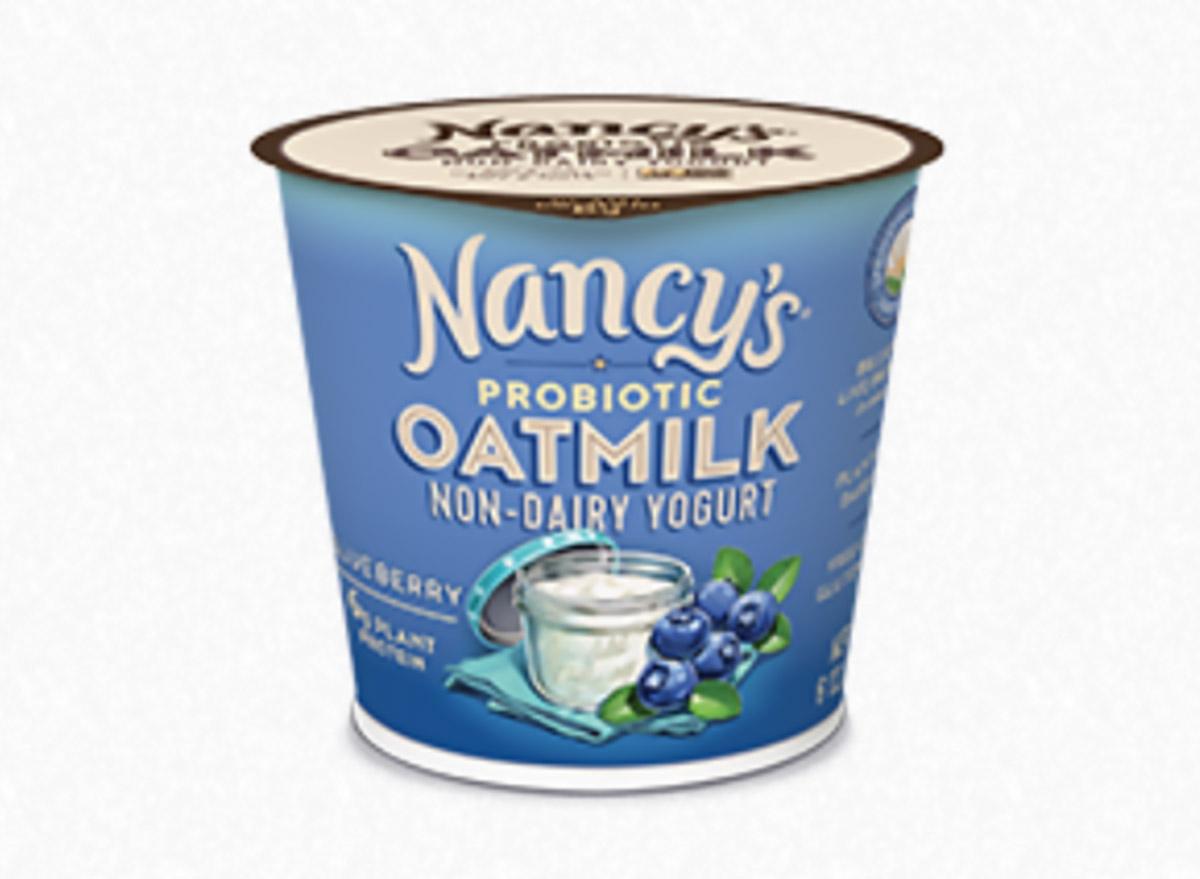 nancys probiotic oatmilk yogurt blueberry cup