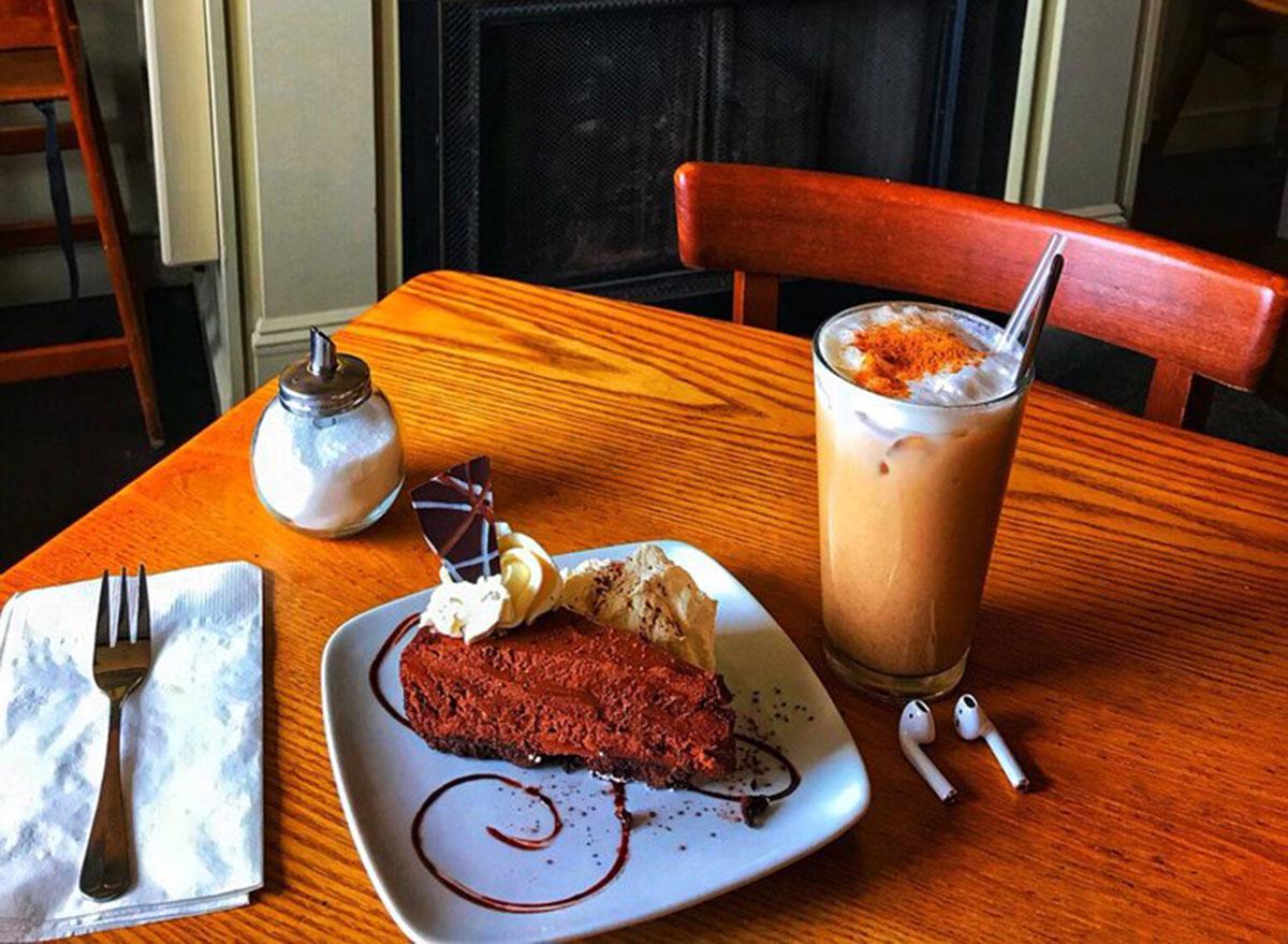 pastiche coffee shop
