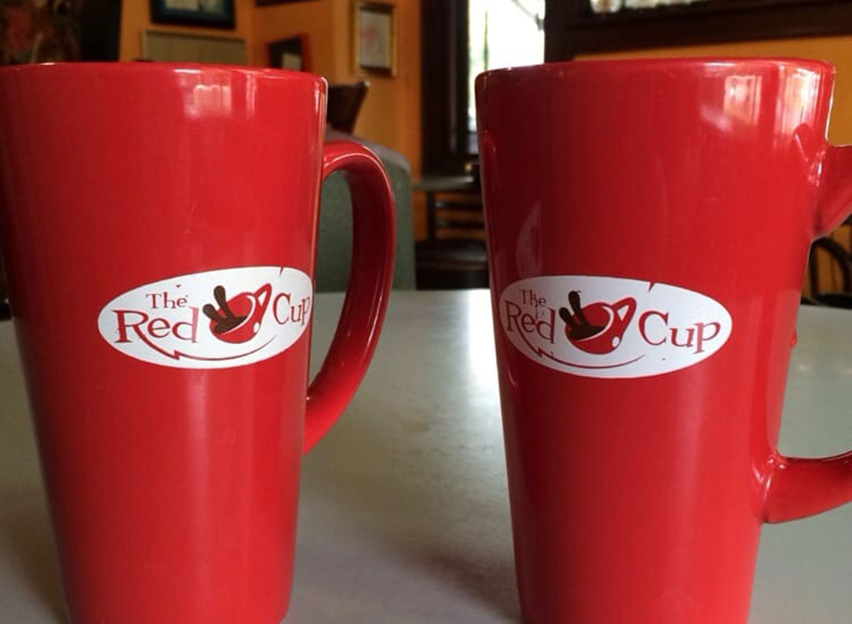 the red cup coffee mugs