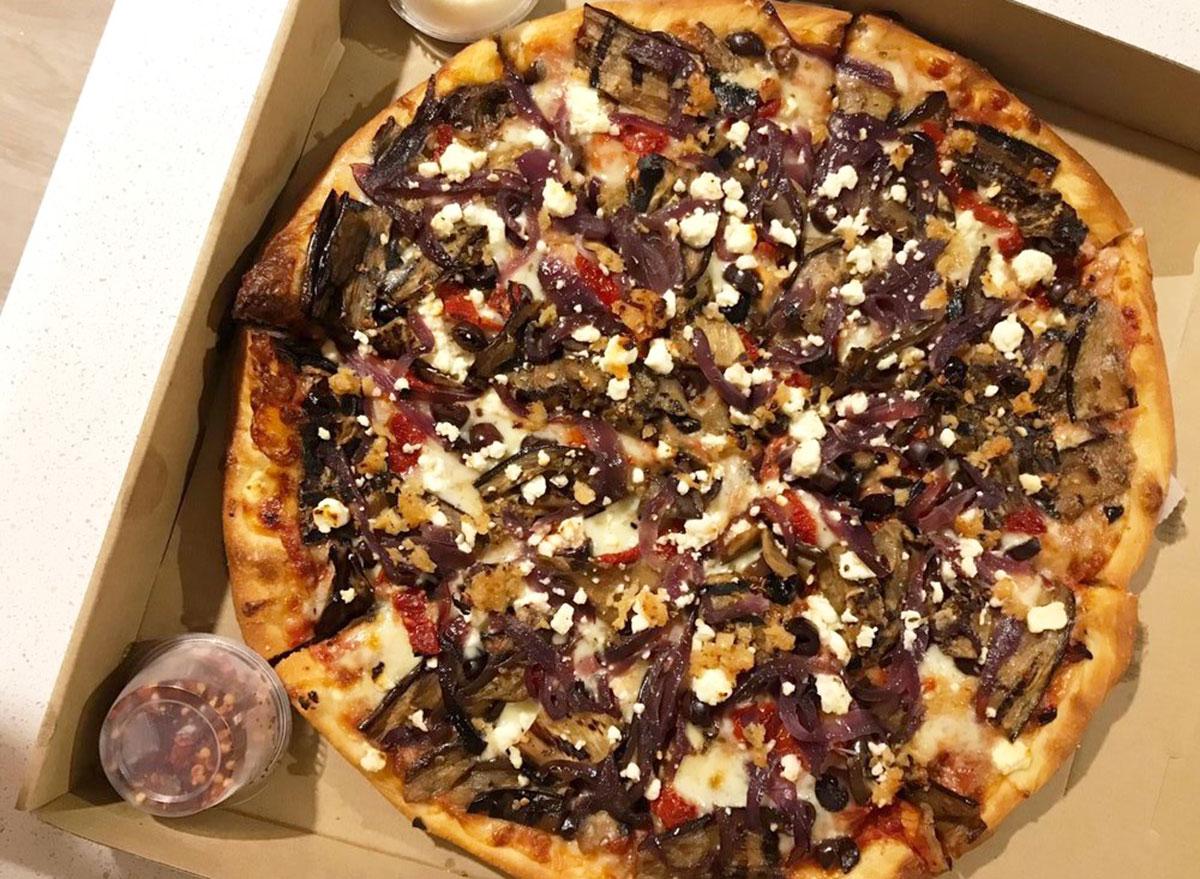 crust mediterranean pizza