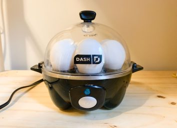 egg cooker on a woodern counter