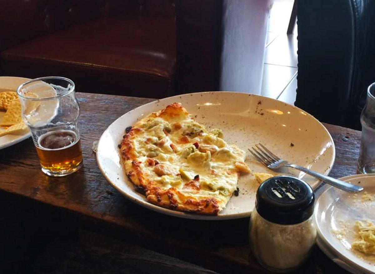 lechyd da brewin company landimore garlic pizza