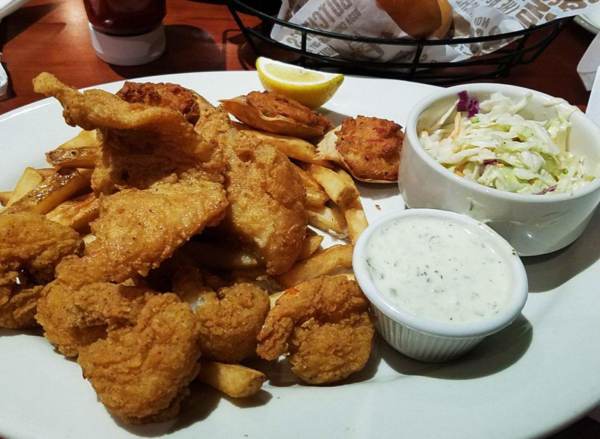 o charleys seafood platter