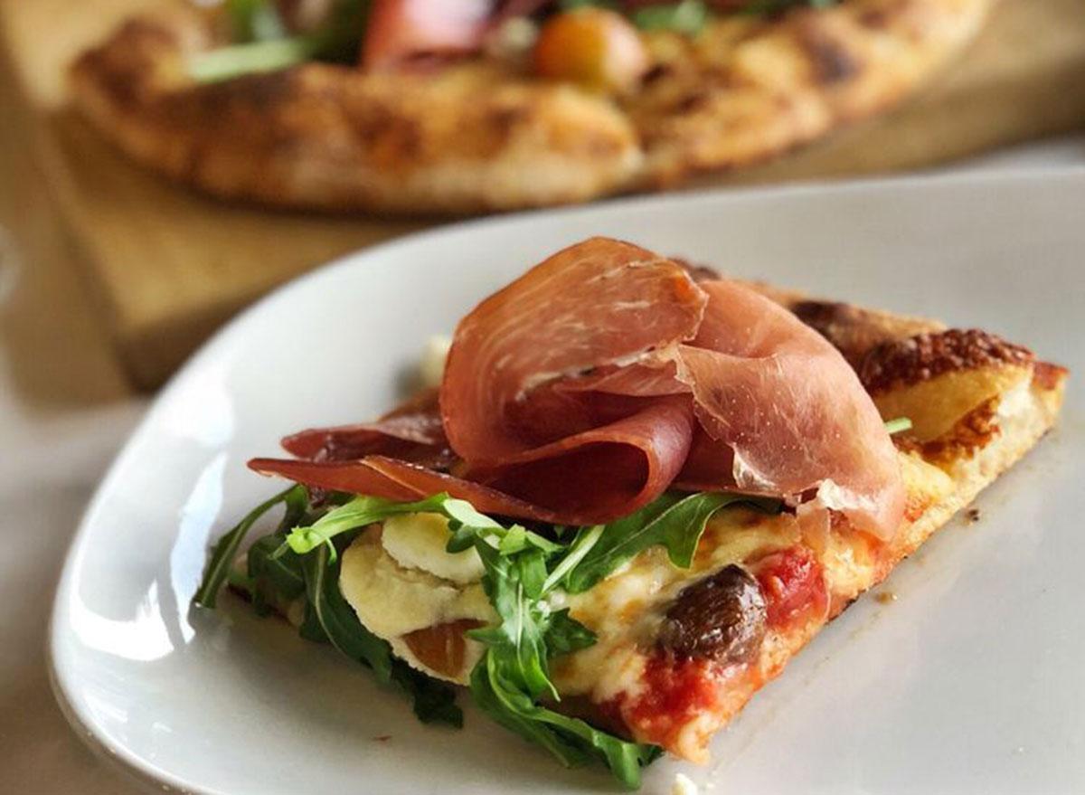pizzeria monzu vegas meets italy pizza