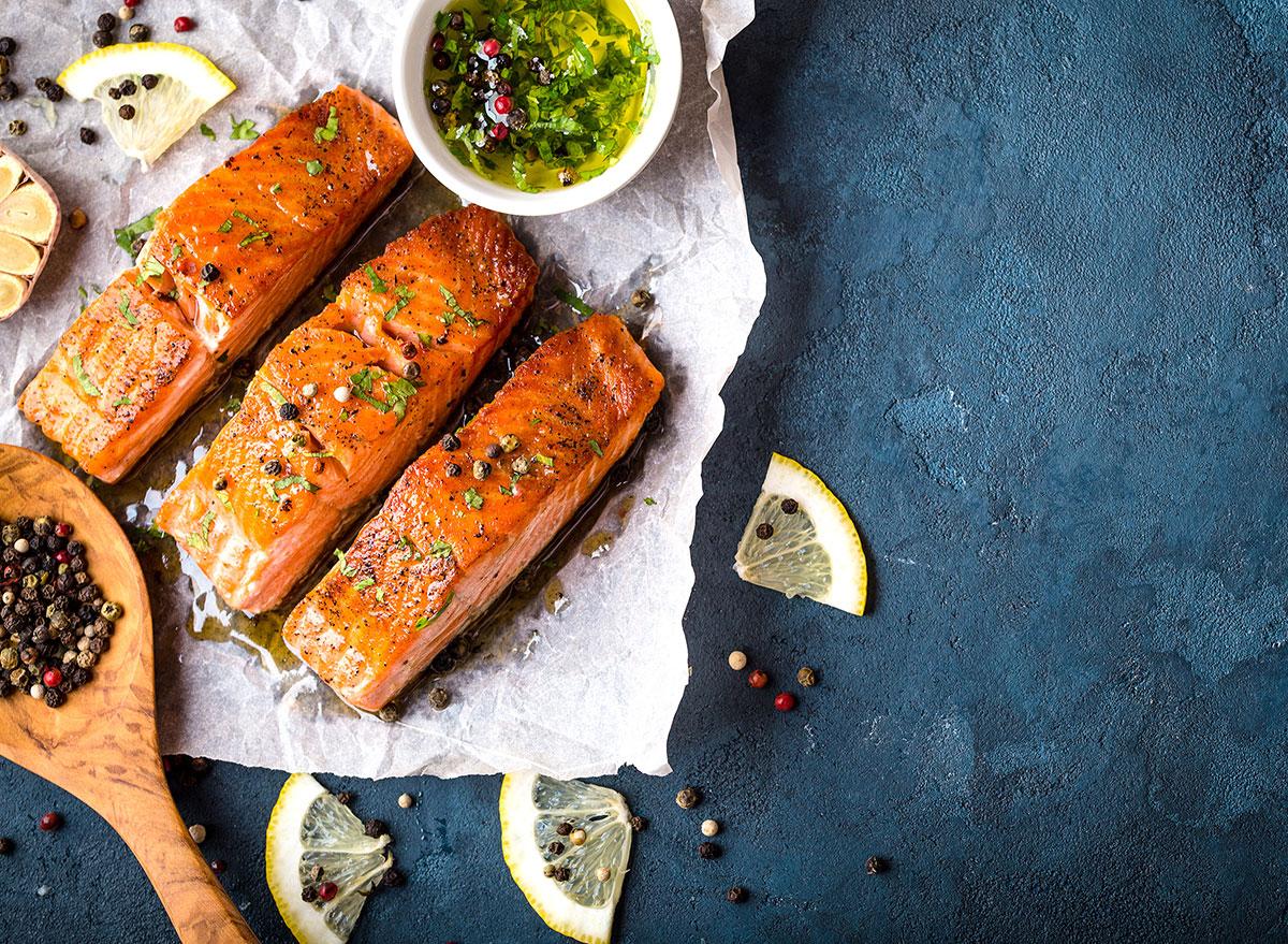 seasoned salmon filets