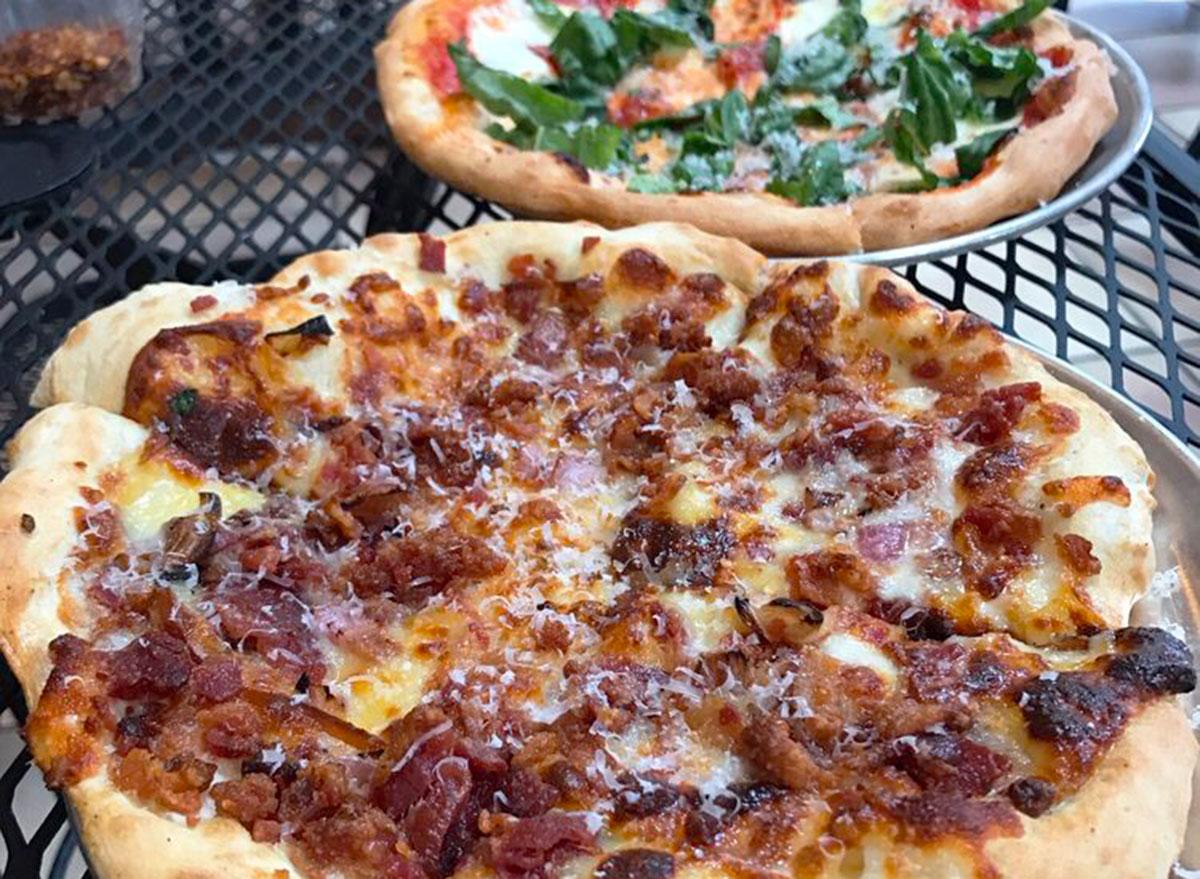 tasty pizza bacon gouda pizza