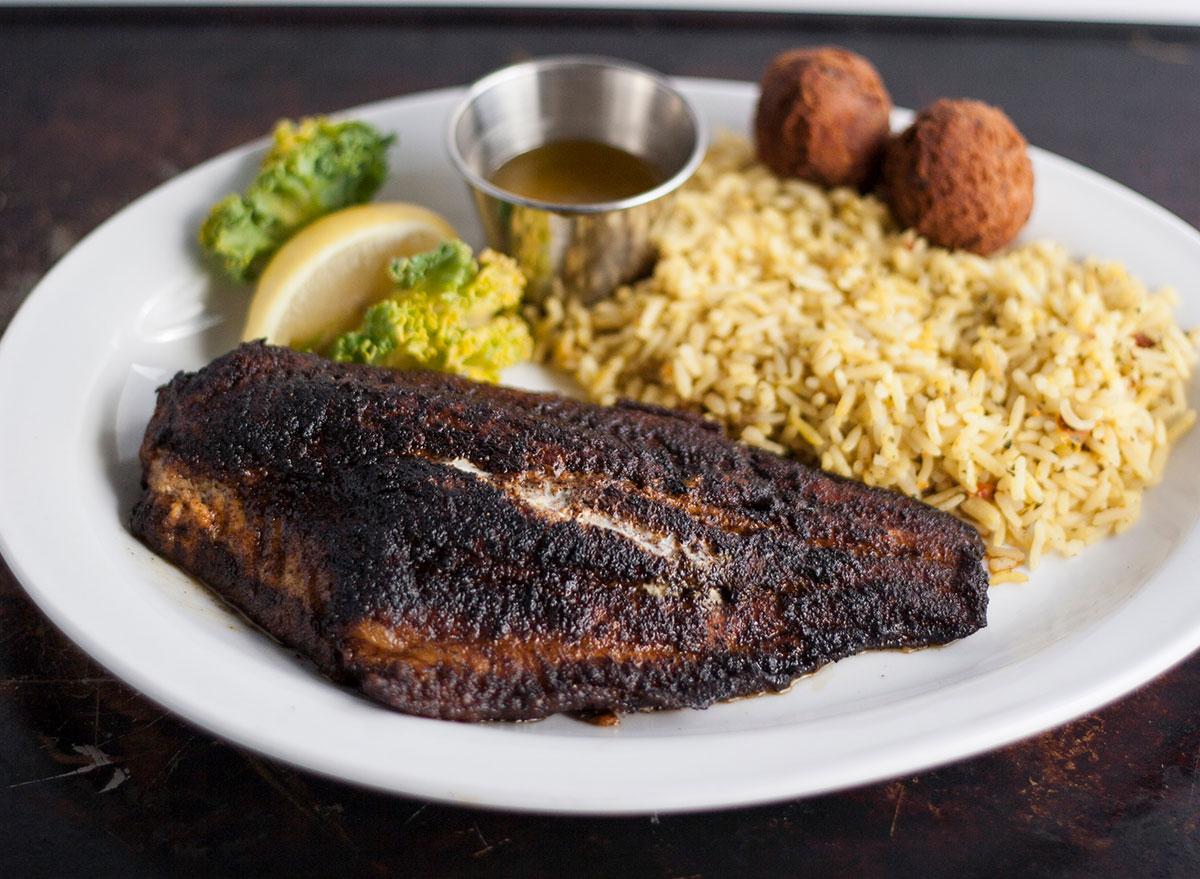 blackened catfish dinner plate