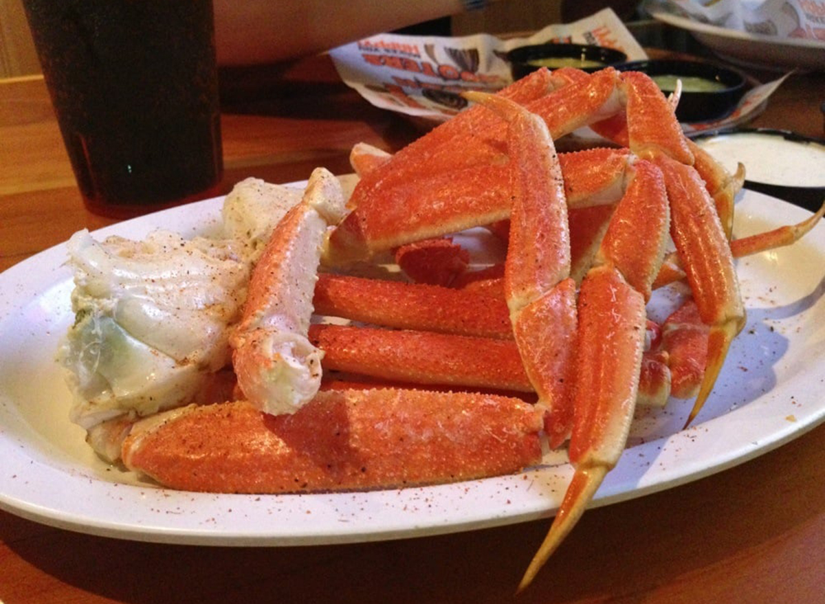 hooters snow crab legs