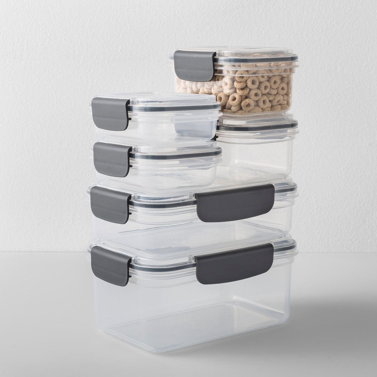 glass containers with gray snapping handles, cheap meal prep containers
