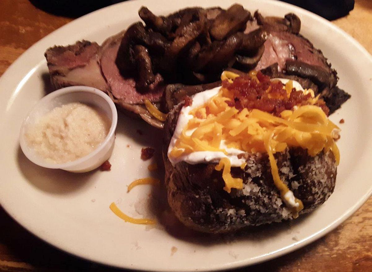texas roadhouse loaded baked potato