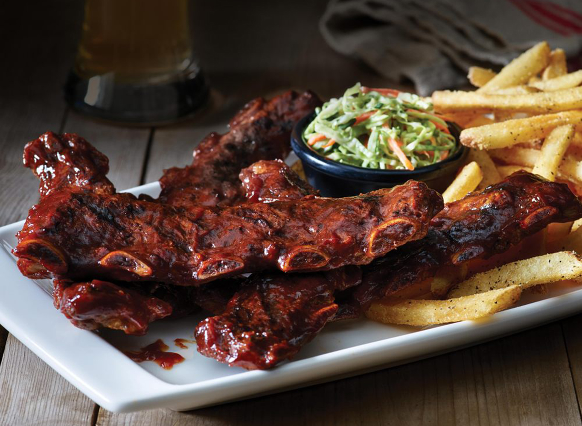 applebees riblets platter with fries and coleslaw