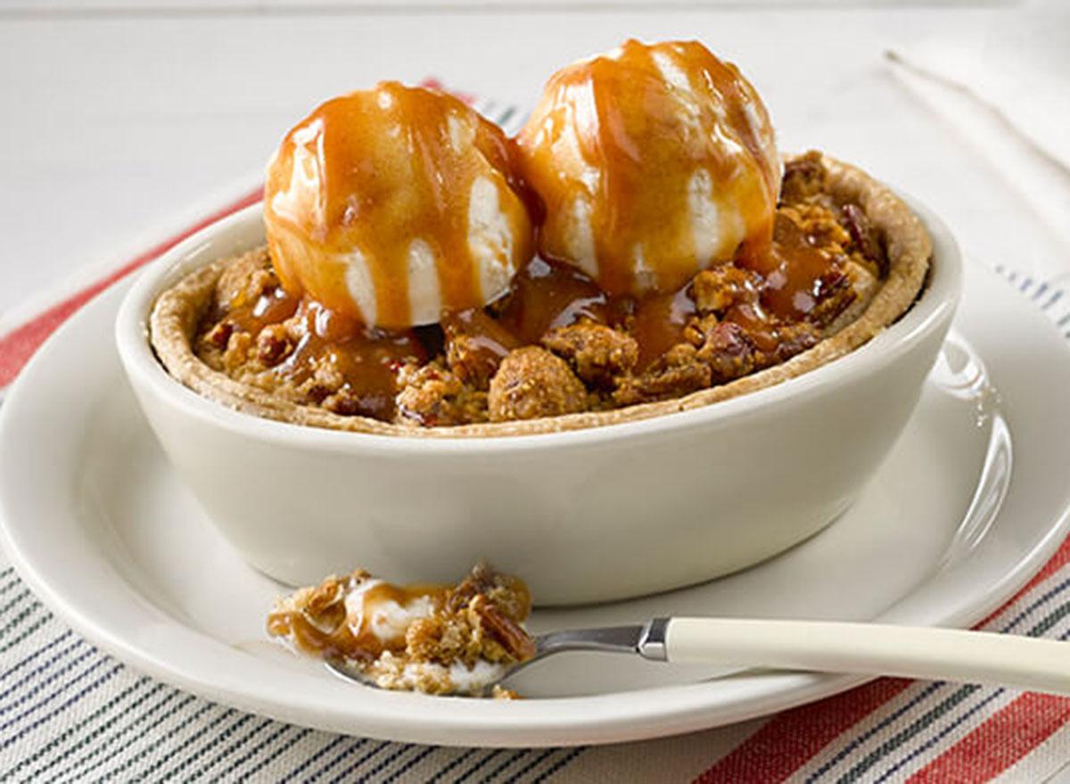 cracker barrel baked apple dumplin dessert