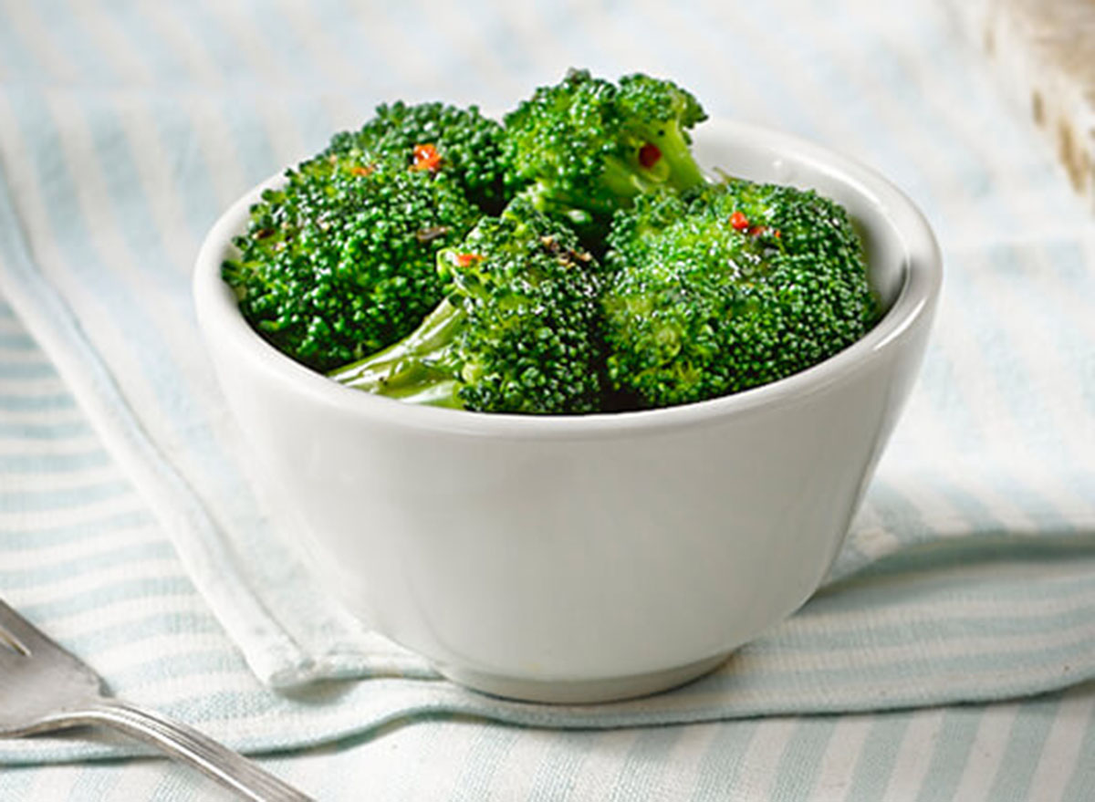 cracker barrel steamed broccoli side dish