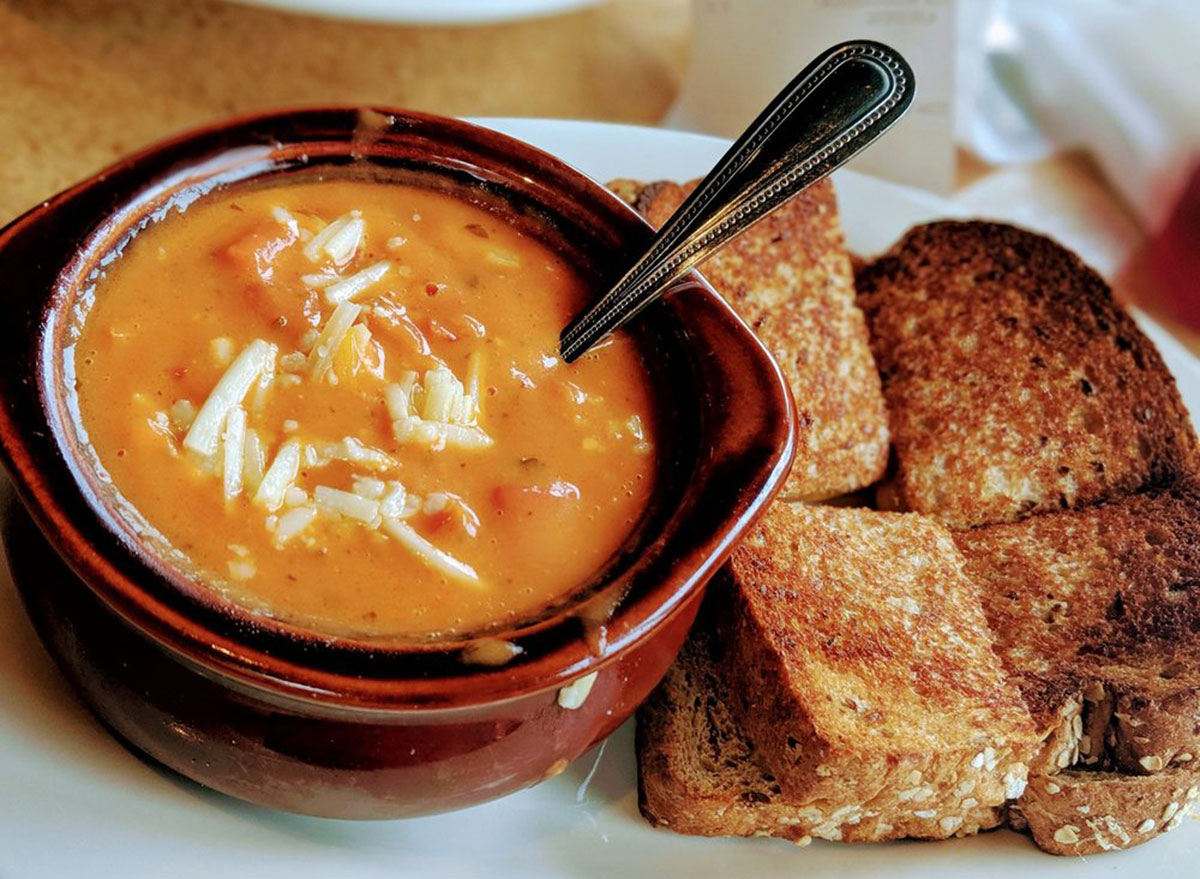 jasons deli vegetable soup and toasted bread