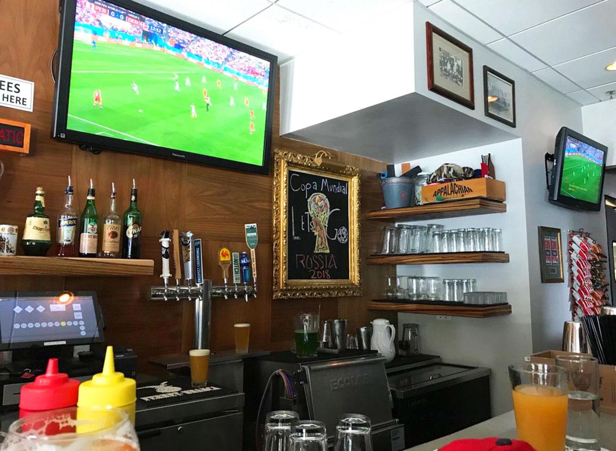 parlor sports massachusetts bar view