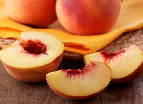 peaches sliced