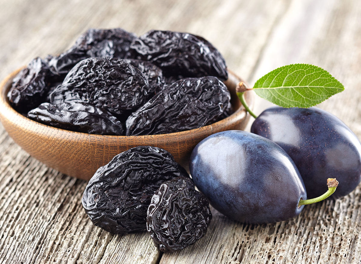 prunes dried and not dried