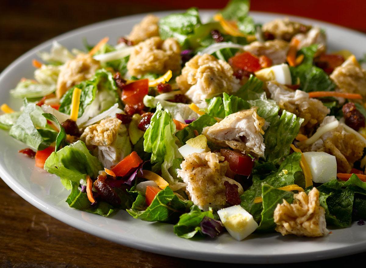 texas roadhouse chicken critter salad