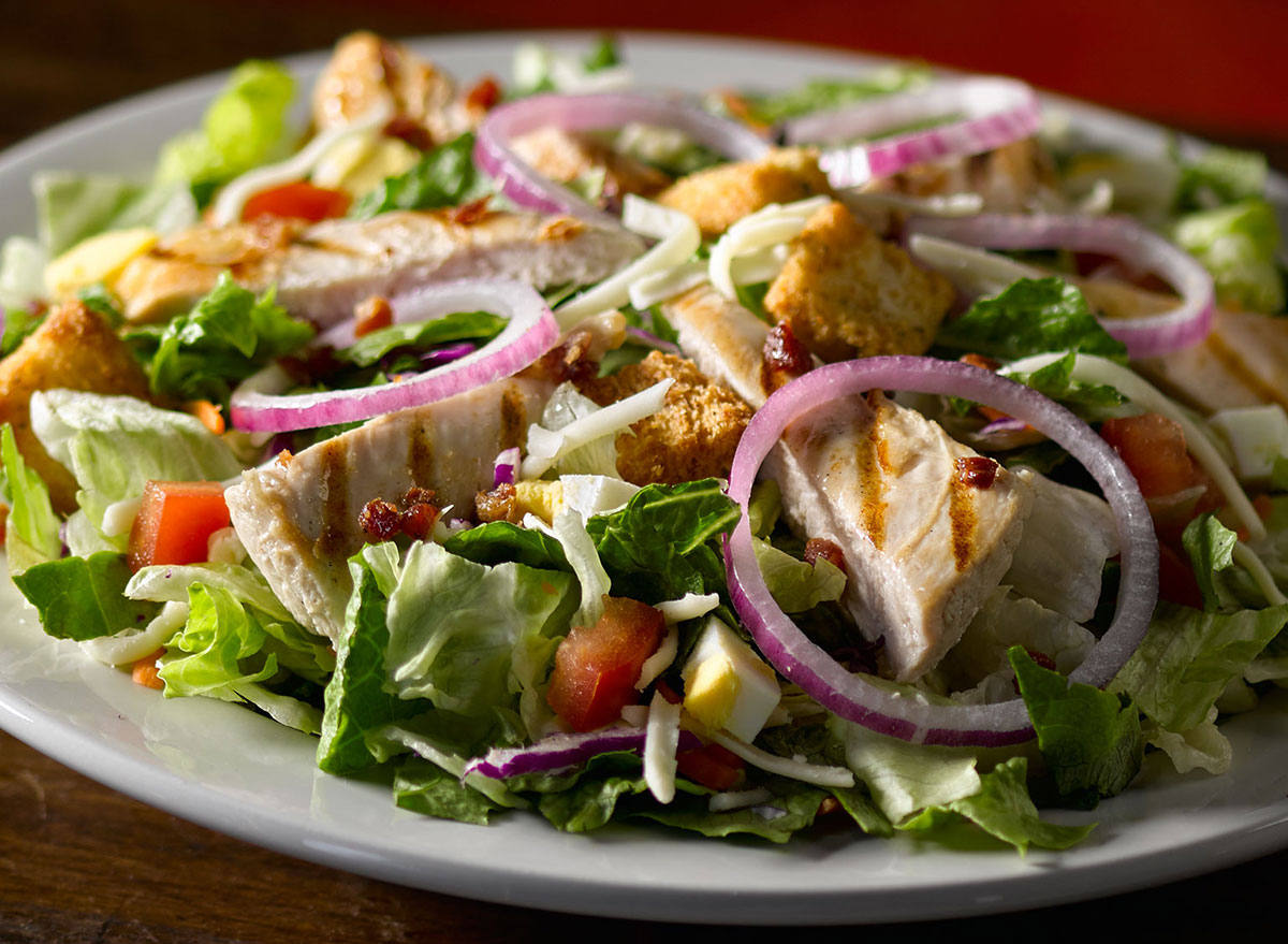 texas roadhouse grilled chicken salad
