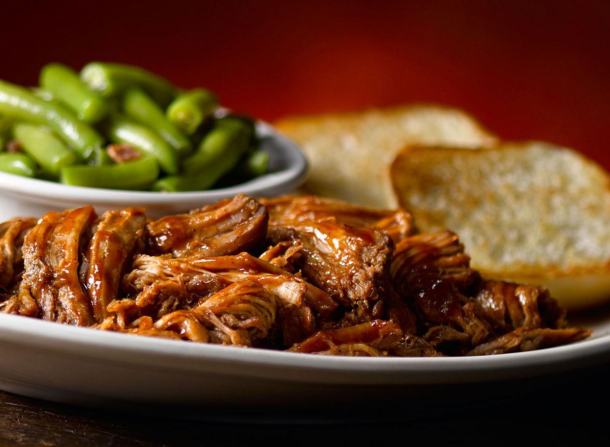 texas roadhouse pulled pork dinner early dine