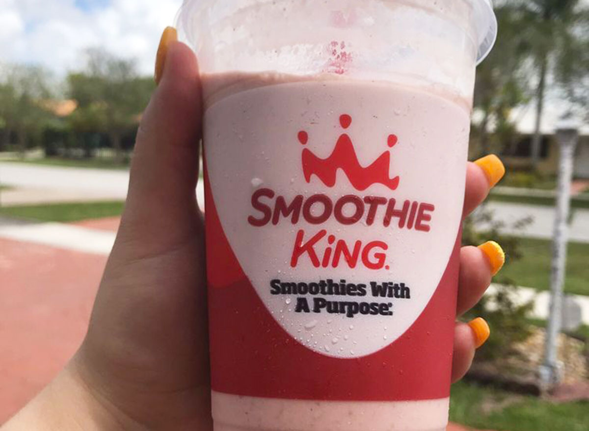 the hulk strawberry from smoothie king in a to-go cup