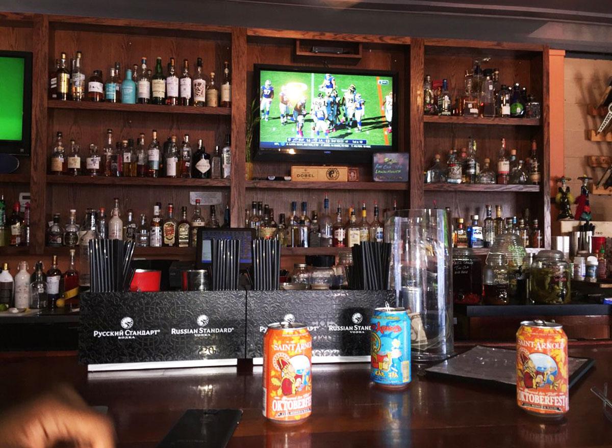 underdogs pub sports bar texas
