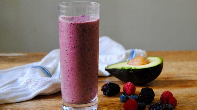 avocado berry smoothie