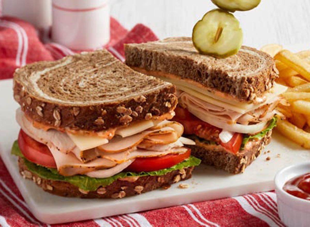 bob evans handcrafted deli turkey sandwich
