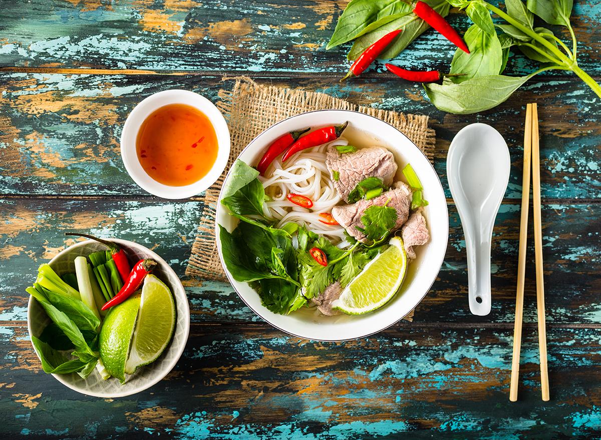 bowl of vietnamese pho