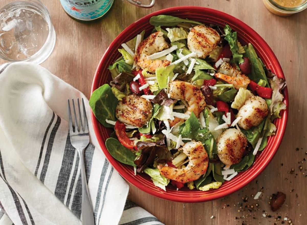 carrabbas johnny roccos salad in red bowl