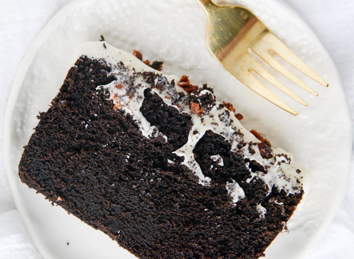 chocolate poundcake with bacon bourbon frosting
