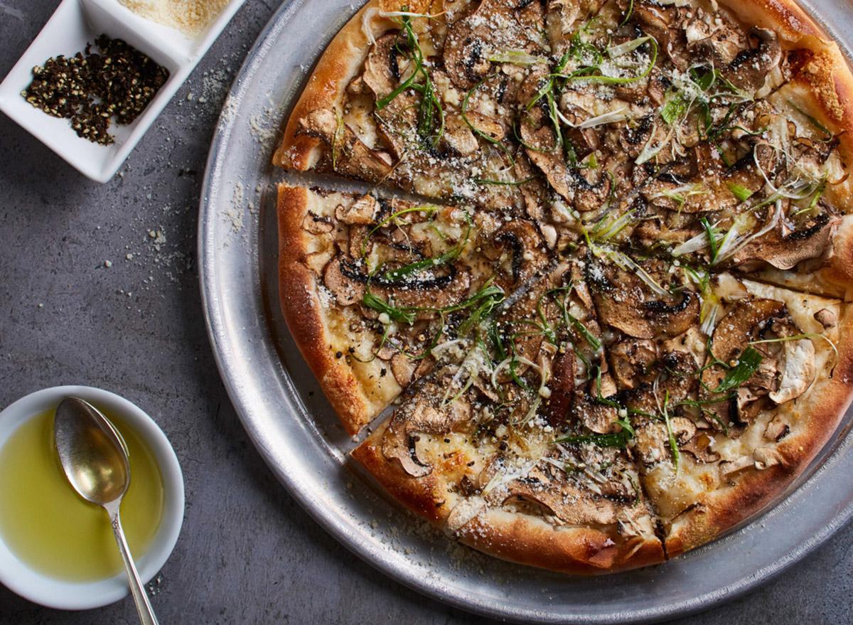 cpk wild mushroom pizza