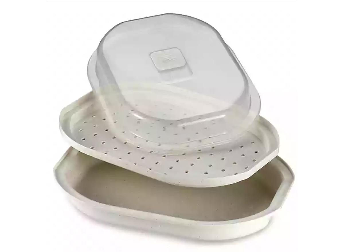 white three-tiered microwave steamer