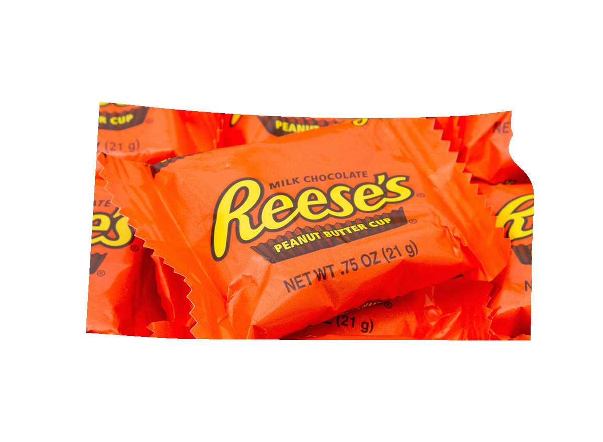 Kansas' favorite candy bar is Reese's Cups