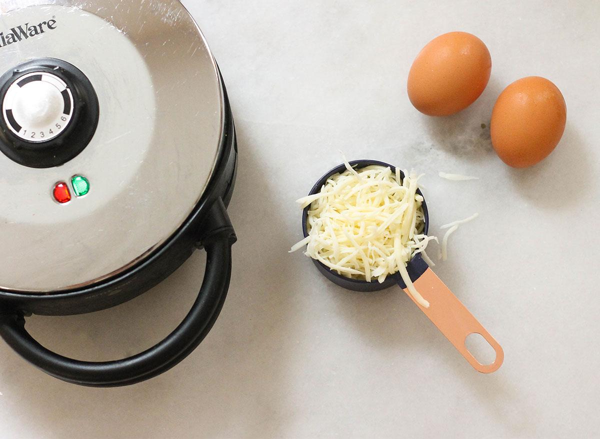 Ingredients to make keto waffles
