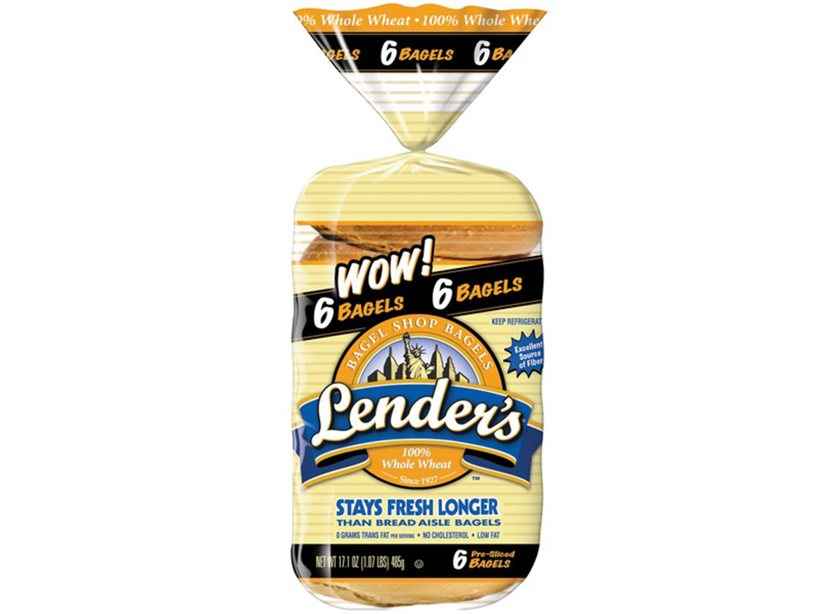 lenders whole wheat bagels in packaging