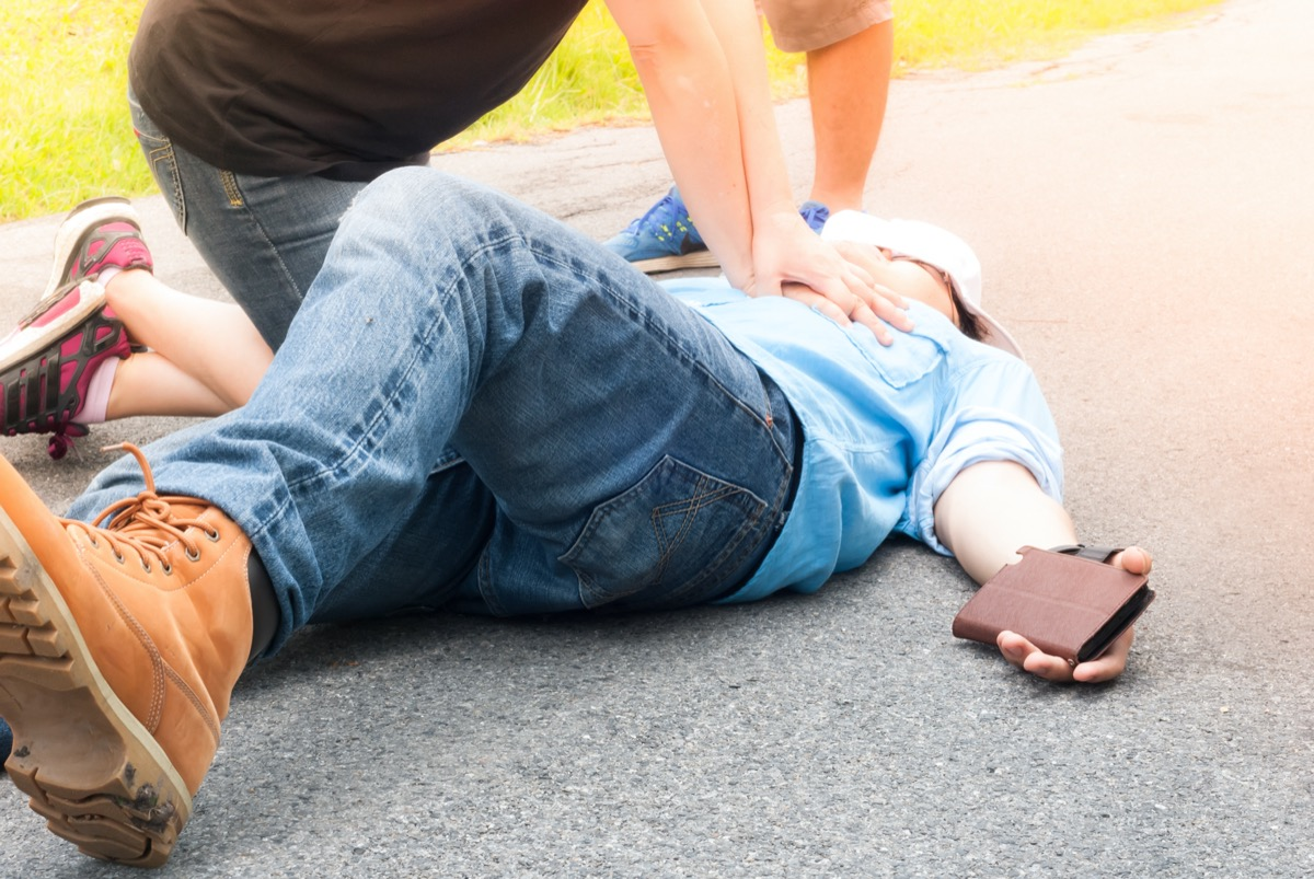 First aid training on street