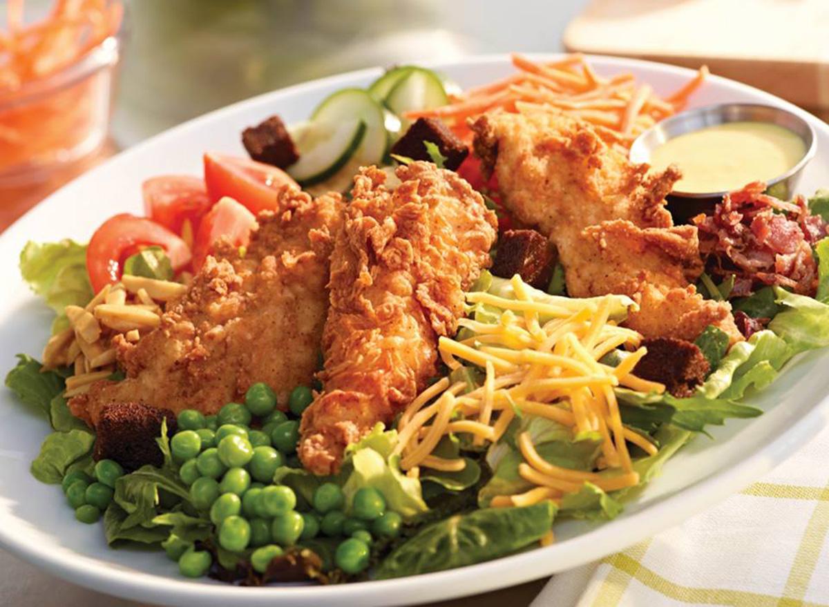 ruby tuesday crispy chicken salad