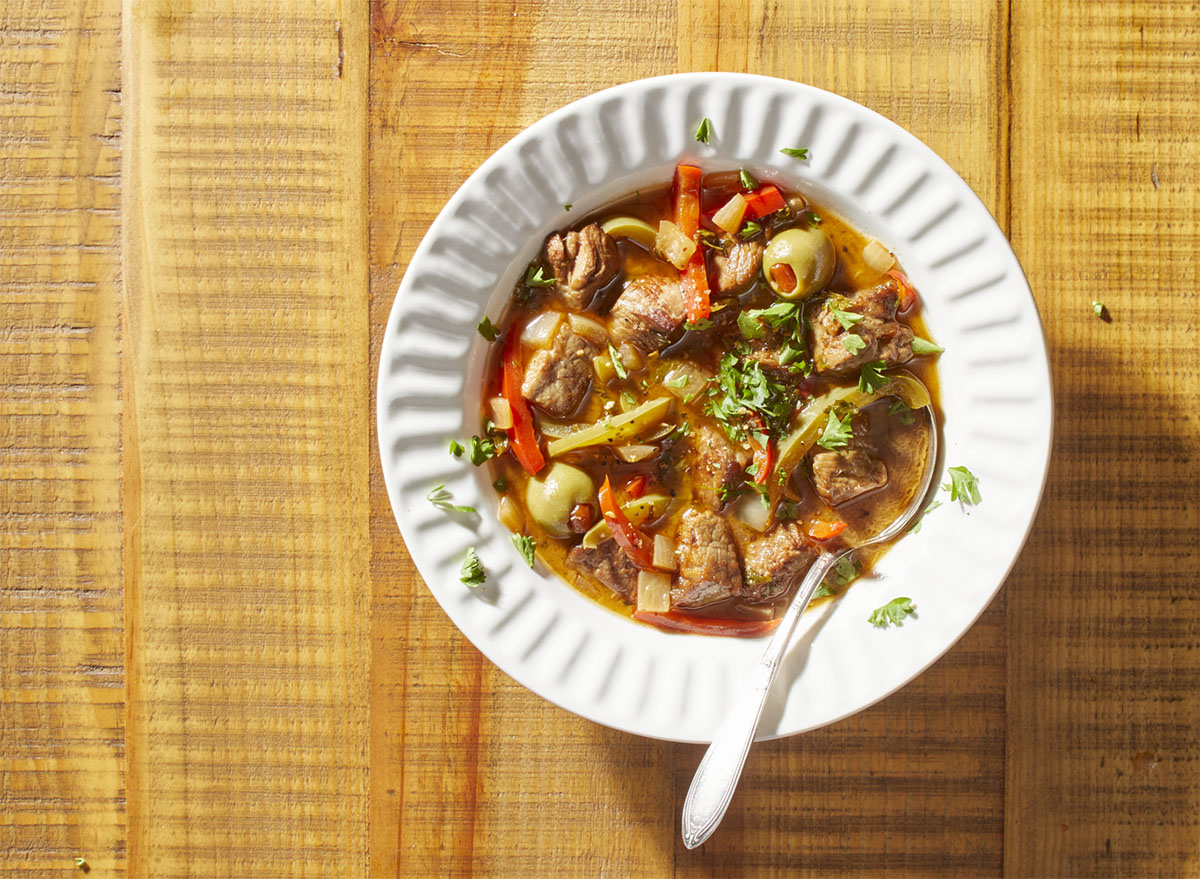 spanish pepper beef stew olives