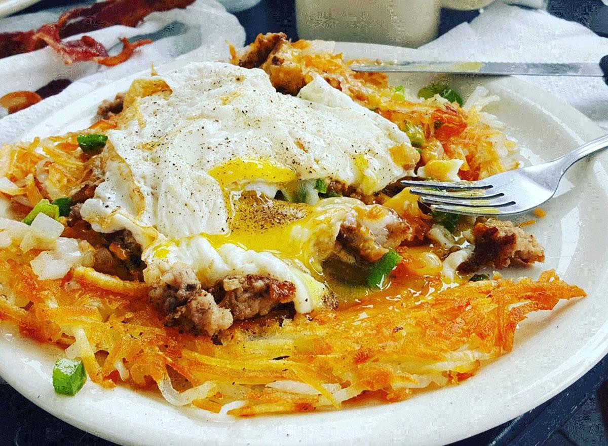 Trashcan dish at Salems diner